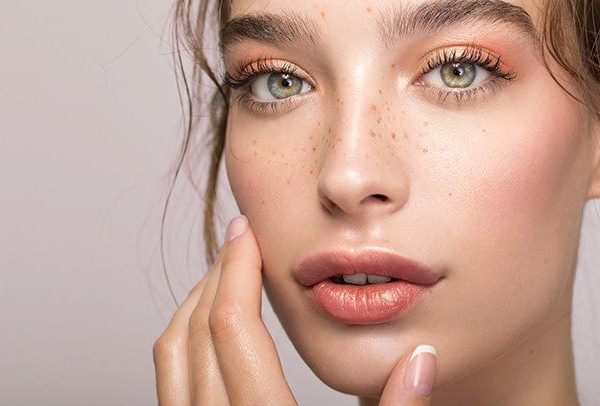 Try These Tips to Fight Hyperpigmentation Approved By Experts